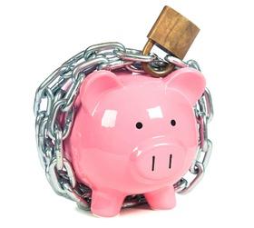 piggy-bank-locked-up